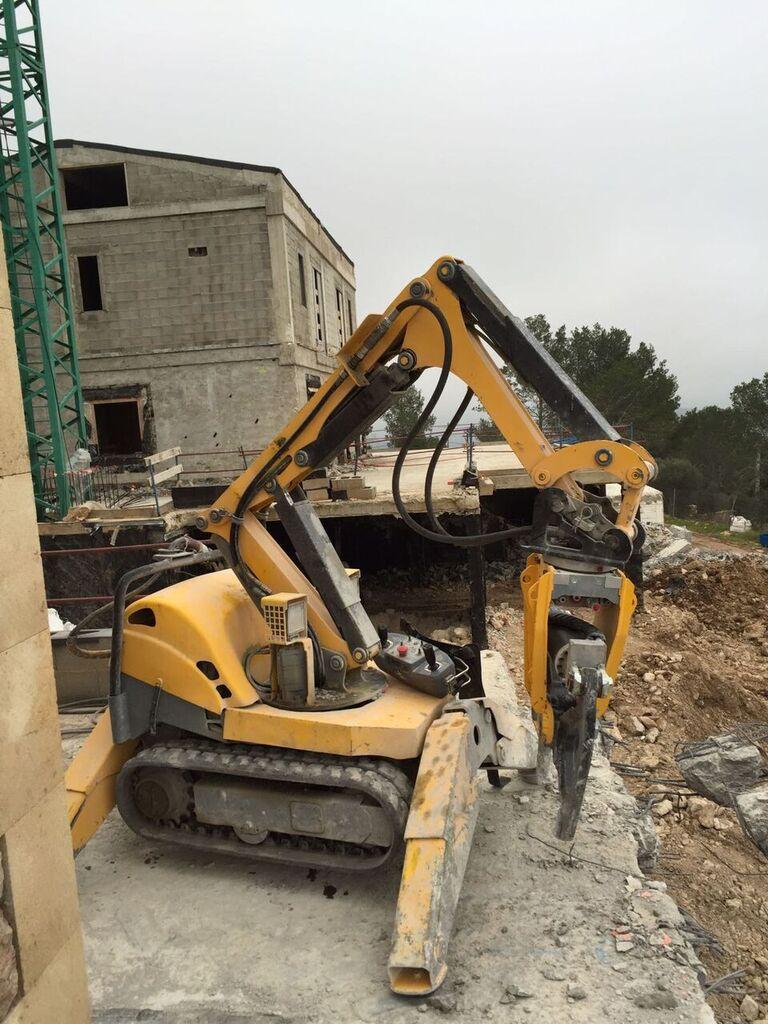 Robot Demolición Medina